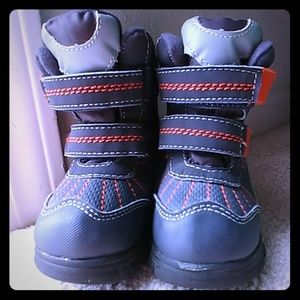 Baby/Toddler Snow Boots sz6